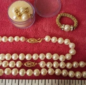Vintage Gold and Cultured Pearl Set